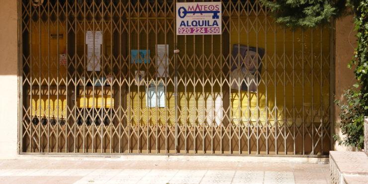 LOCAL COMERCIAL EN EL BARRIO DE LA TOLEDANA