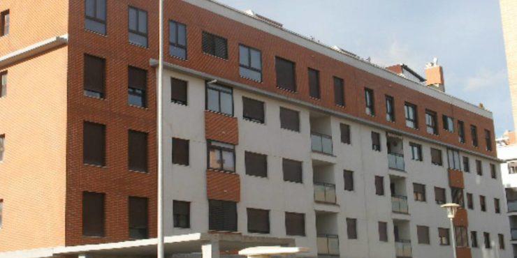 PISO DE 3 DORM. CON TERRAZA PRIVADA DE 80 m2