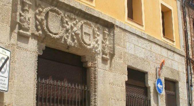 ESTUDIO EN ALQUILER JUNTO ARCHIVO HISTORICO MILITAR