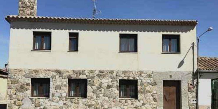 Casa de  4 Dorm. en Zorita de los Molinos