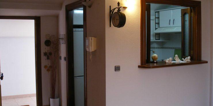 Apartamento 1 dorm. zona centro (junto «Plaza Sta. Teresa»-«Duque de Alba»)