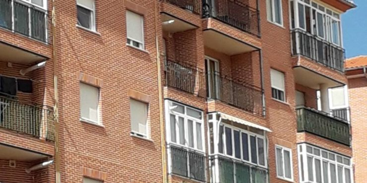Piso de 2 dorm. en Barrio Universidad